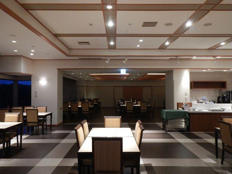 03レストラン内観2.JPG