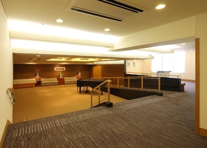 02 8階 コンベンションホール'聚楽'ホワイエ.jpg