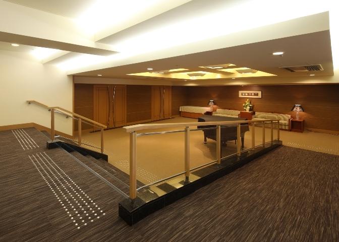 03 8階 コンベンションホール'聚楽'ホワイエ.jpg