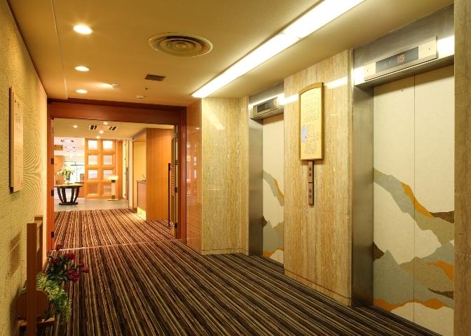 10 9階 ブッフェレストラン'花の舞' EVホール.jpg